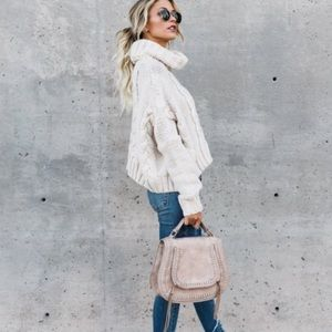 Love stitch James cable knit creme sweater